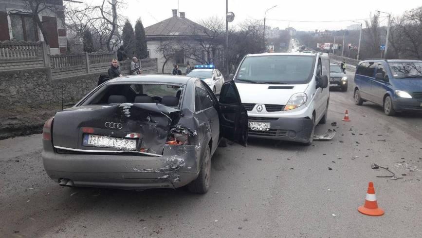 Аварія на об'їзній: через несправні гальма у бензовоза розбились шість авто (оновлено)