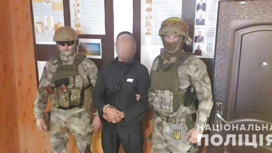 На Закарпаттічоловіки із Запорізької, Дніпропетровської та Тернопільської областей грабували людей