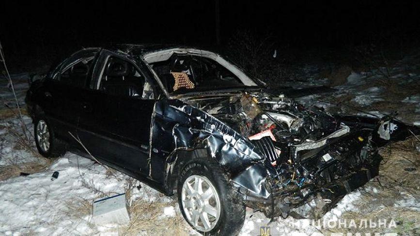 Аварія на Тернопільщині: авто кілька разів перекинулося. Двоє пасажирів у реанімації