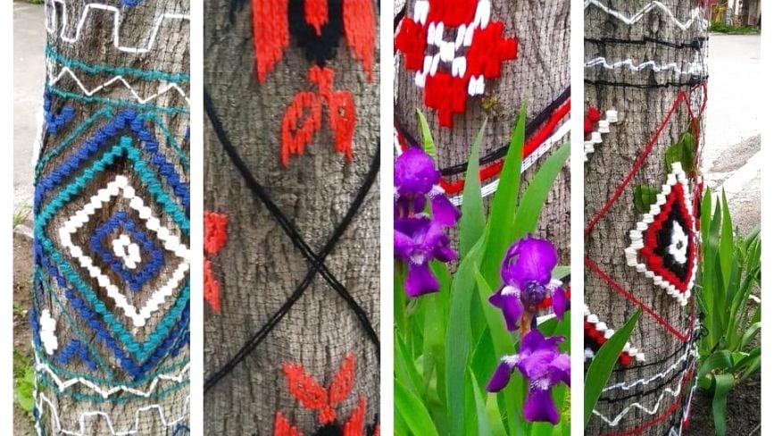 Самі зібрали кошти і вишили одяг для каштанів: у Збаражі оригінально прикрасили дерева