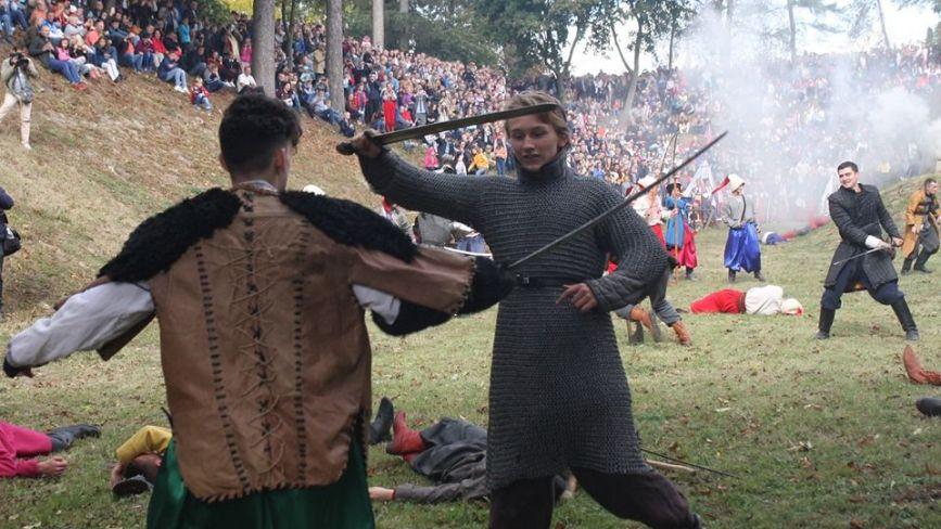Як у Збаражі реконструювали битву за Незалежність 1649 року (ФОТО)