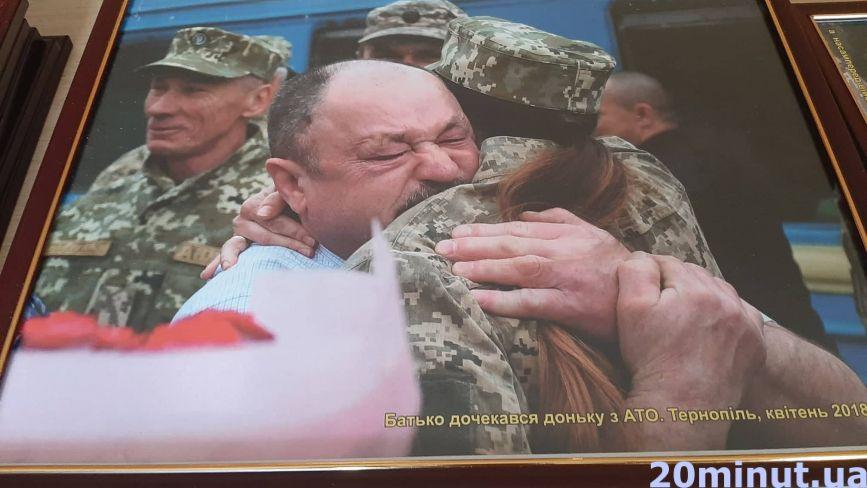 Тернопільський військовий організовує унікальну виставку фоторобіт з історії 44-ої бригади