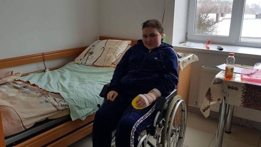 """""""Змалку Вікуся була здорова та весела, а зараз вже шість років бореться з раком"""": дівчинка із Чорткова потребує допомоги"""