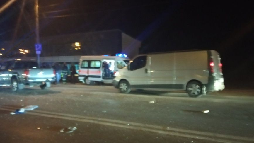 На Протасевича аварія: є постраждалі, рух ускладнено