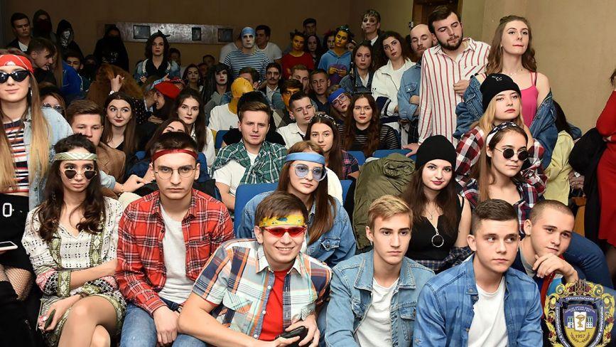 Три години азарту: 150 студентів медуніверситету змагалися під час квесту в музеї