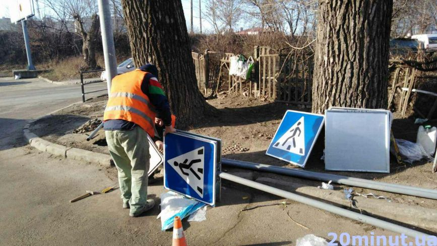 На прохання тернополян облаштували новий пішохідний перехід: де ще чекати змін на дорогах