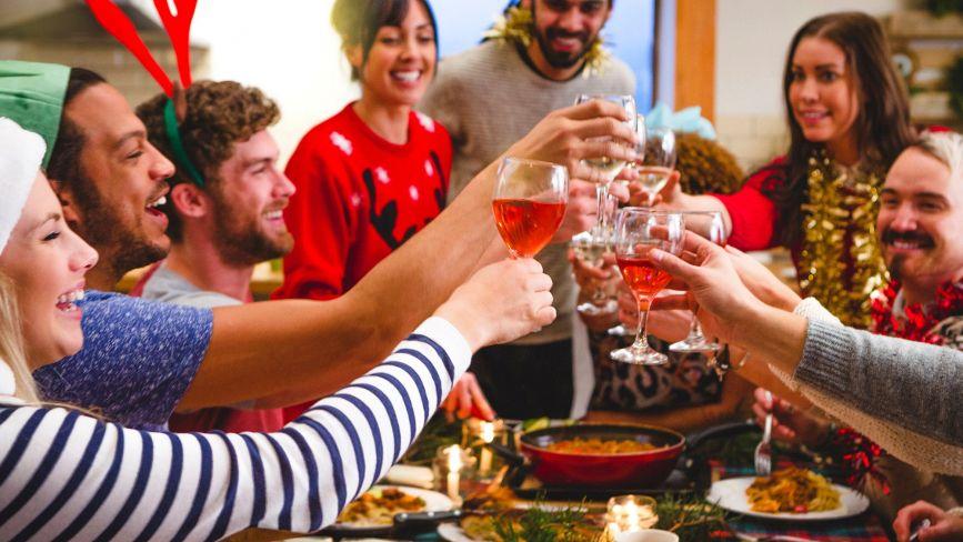 Удома, гуртожитку та на роботі: де тернополяни святкували Новий рік (опитування)
