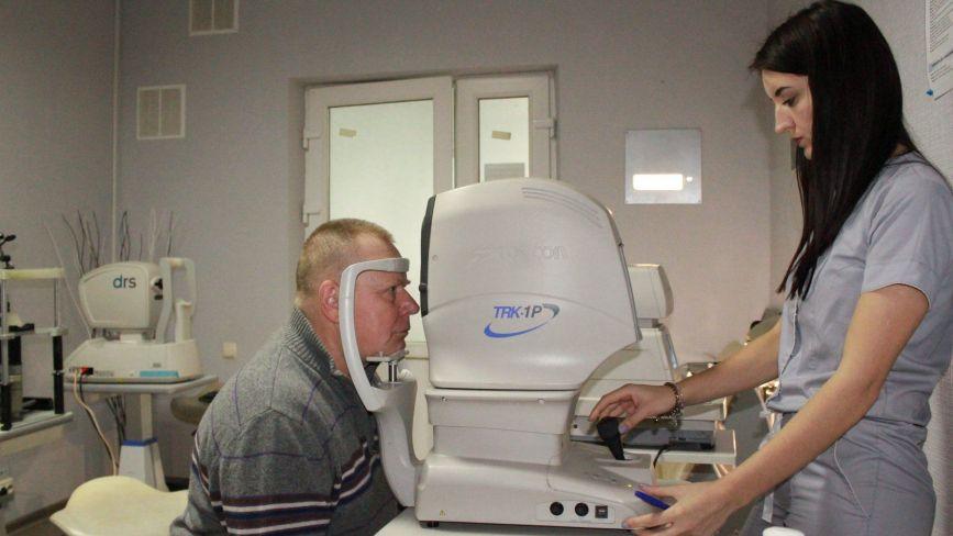 Унікальні операції на оці проводять в Тернопільській Університетській лікарні