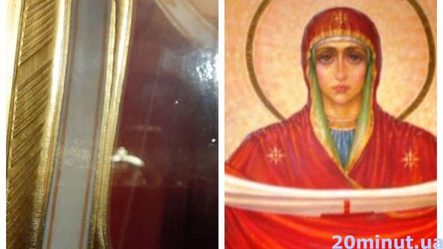 """""""Моляться тут по 2-3 години"""": у тернопільському храмі мироточить ікона. У чому вона допомогає?"""