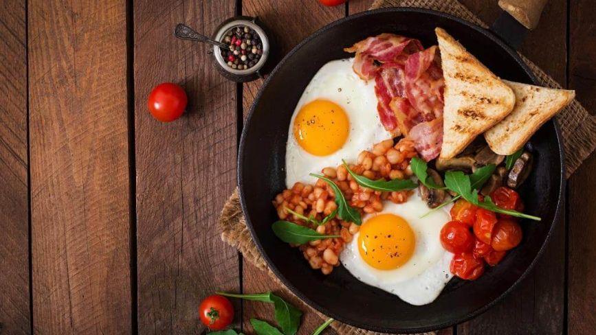 Сніданки нашвидкоруч: сім перевірених рецептів