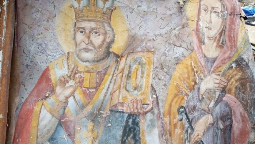 Неподалік Тернополя знайшли ікони, яким понад 120 років (ФОТО)
