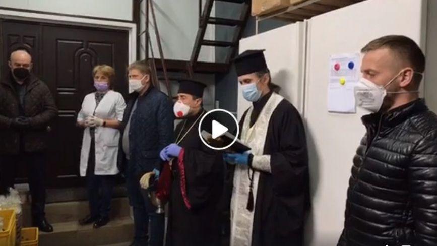 Відео дня: в тернопільських пекарнях освячують паски на Великдень