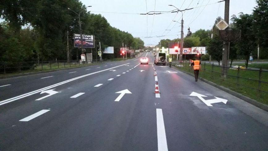 Уже три смуги: на перехресті Злуки-15 Квітня-Купчинського змінили схему дорожнього руху (ФОТО)