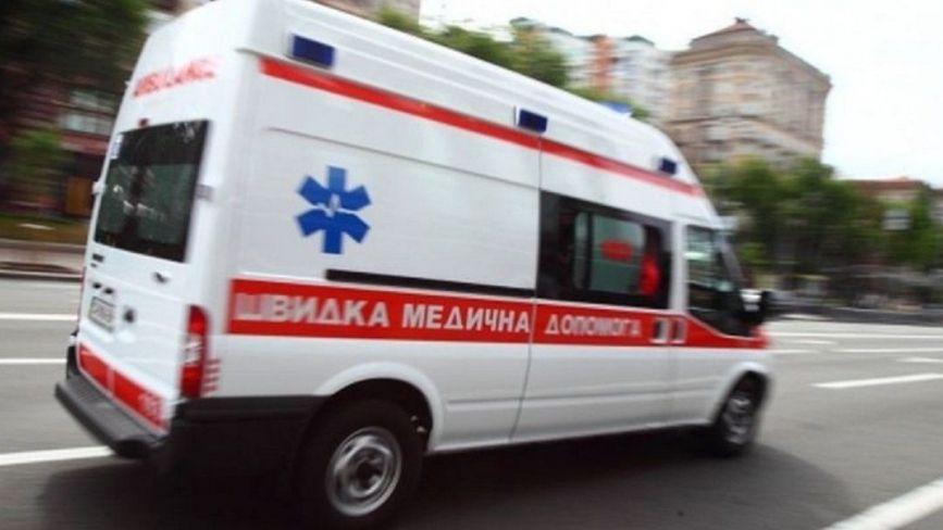 На Кривоноса дві бригади медиків реанімували 57-річного чоловіка. Але врятувати не вдалося
