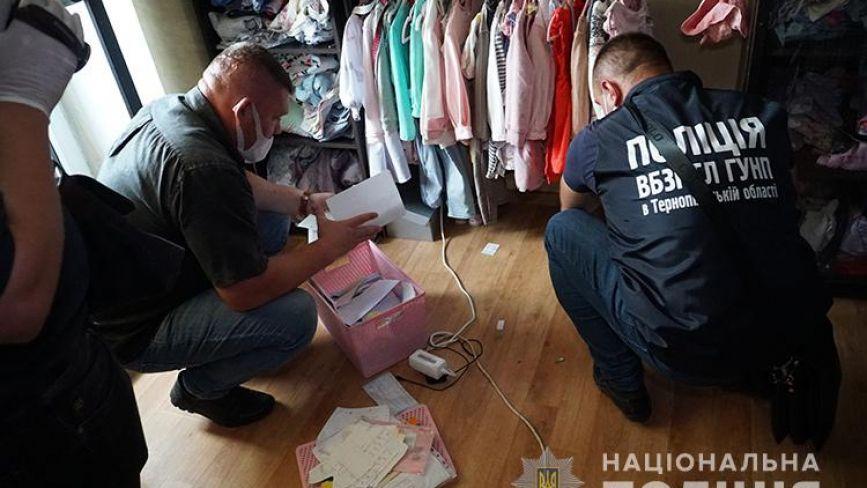 """Житель Тернополя заробив понад 2 мільйони гривень на """"працевлаштуванні"""" за кордоном"""