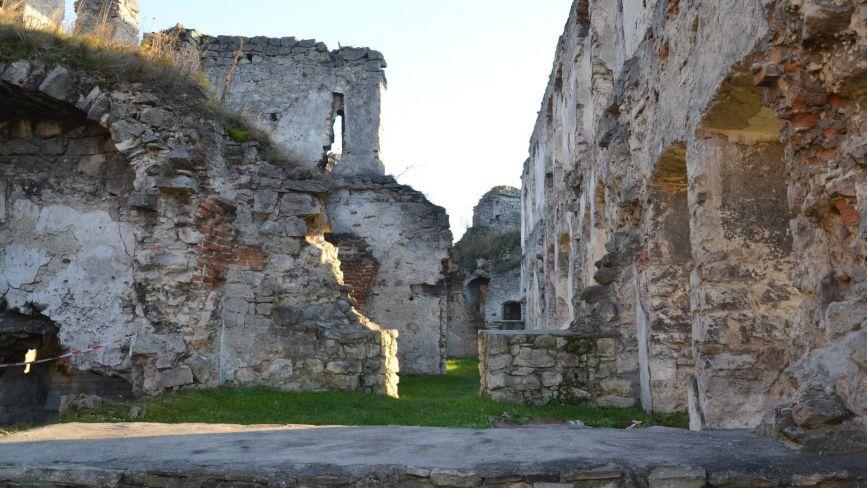 У Чорткові до 500-ліття міста планують відреставрувати замок (ФОТО)