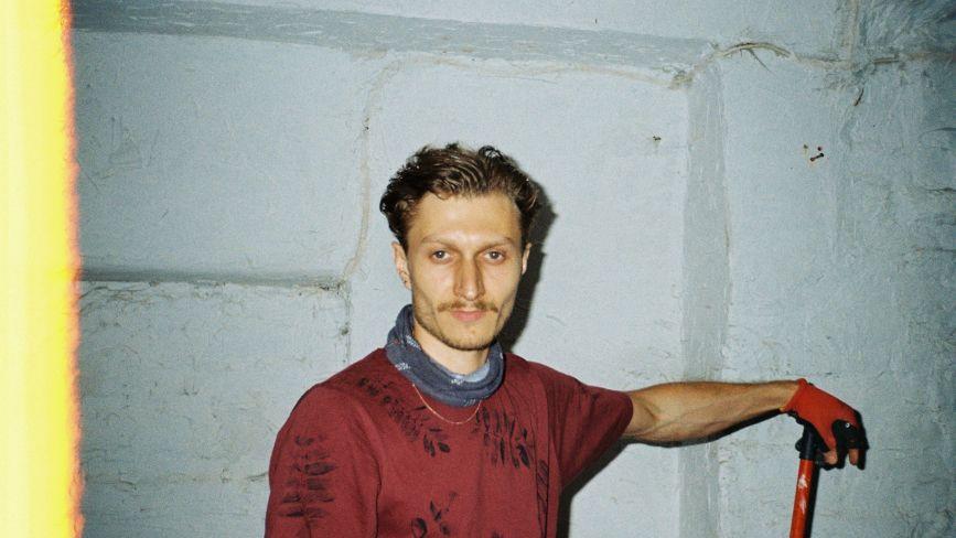 """""""Мистецтво — це про пошук зв'язку"""": художник з Бережан отримав нагороду на кінофестивалі у Німеччині"""