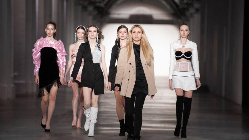 16-річна дизайнерка зі Зборова створила власну лінію одягу, її вже побачили на Ukrainian Fashion Week