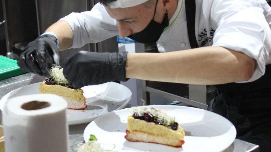 У 21 — вже шеф-кухар: історія успіху кулінара із Борщева, який отримав бронзу на Чемпіонаті України