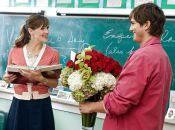 День вчителя: корупція чи подяка? Чи потрібно купувати подарунки? (опитування)