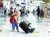 Батькам спростили процедури виїзду з дитиною на відпочинок за кордон