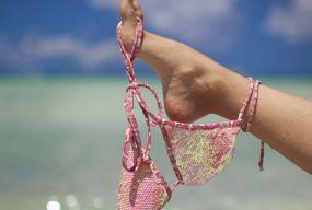 Пляжний екстрім, або чому стають нудистами