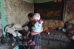 """Без світла, газу та води: як живуть роми у Великій Березовиці? Ексклюзивний репортаж """"20 хвилин"""""""