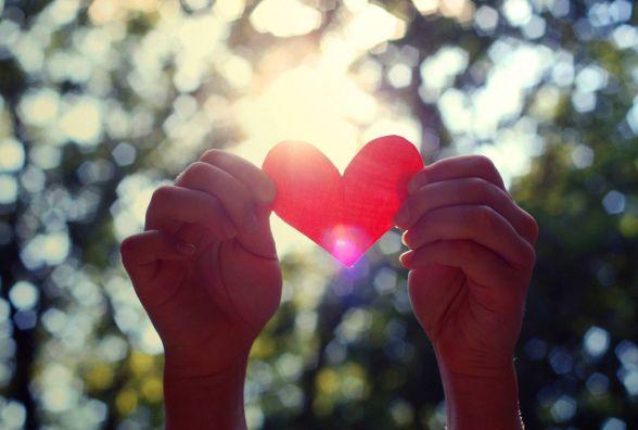 Сьогодні, 8 липня: відзначають свято кохання у шлюбі, День рибалки та День родини