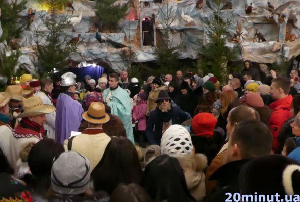 Відео дня: вертеп у церкві апостола Петра