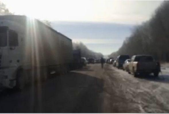 Люди перекрили дорогу міжнародного значення поблизу Збаража