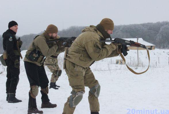 На військовому полігоні у Білій стріляли та вчились рятувати поранених