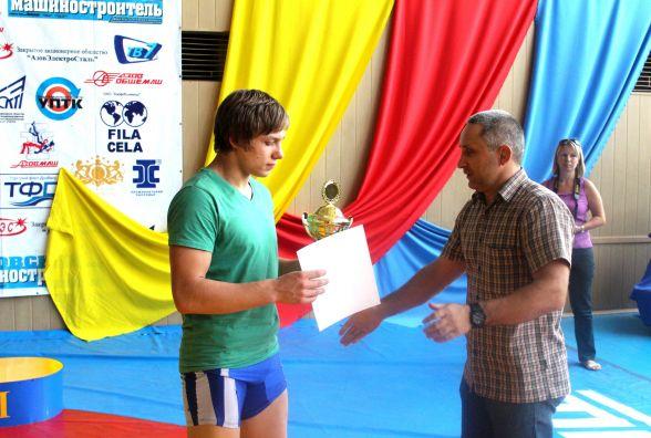 Тернополянин Андрій Антонюк виграв чемпіонат України з греко-римської боротьби