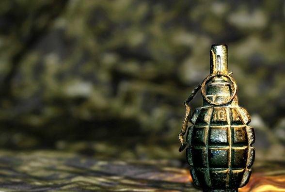 На БАМі чоловік знайшов гранату на дверях гаража, але не злякався