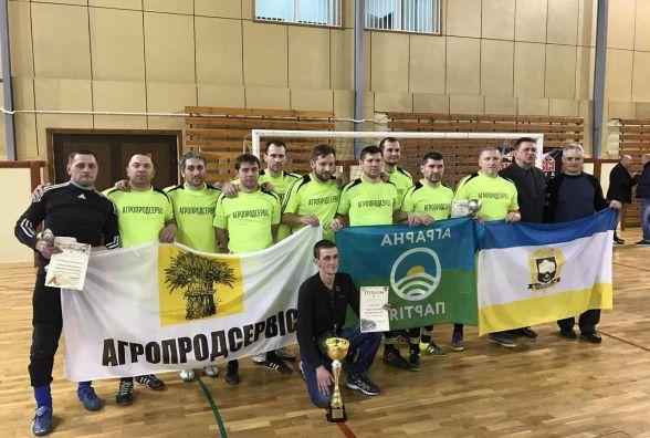 Тернопільські ветерани тріумфували на польському турнірі з футзалу