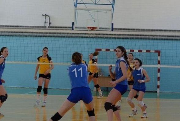 Чемпіонат області з волейболу серед дівчат виграли тернополянки