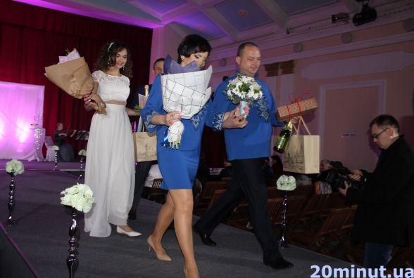 """""""Шлюб за добу"""": у Тернополі одружилось перших дві пари проекту"""