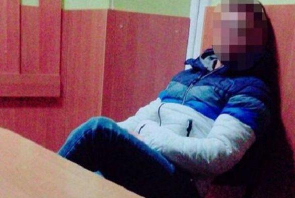 У Тернополі водій відкоркував пляшку спиртного і випив перед поліцейськими