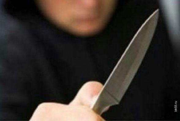 У Петрикові чоловік ножем порізав рідному брату язика, щоки га губи