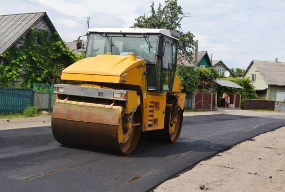 Зима закінчилась, ремонт доріг – на часі. Де громадам взяти кошти (ІНФОГАФІКА)