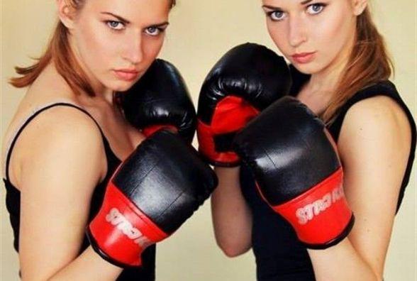 """""""Рухаємо Тернопіль"""": спорт виховує і дисциплінує, кажуть Леся та Світлана Наконечні"""