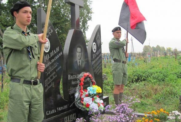 Подорож до центру Галичини: забуті цвинтарі і сибірські табори