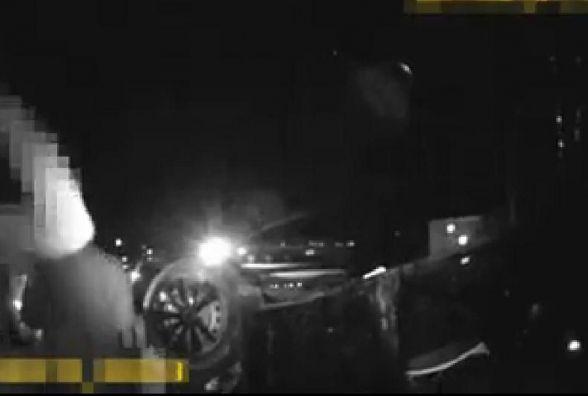 На Лозовецькій п'яний водій спричинив ДТП: автомобіль Fiat перекинувся