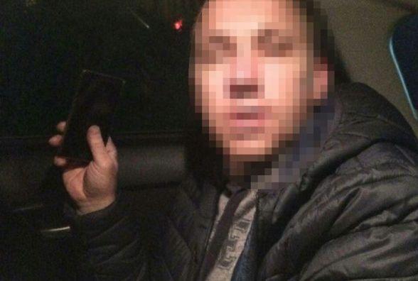 Патрульні зловили п'яного водія, який їздив на краденому авто (ВІДЕО)
