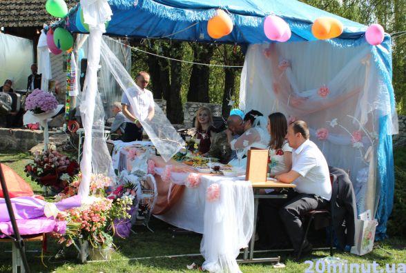 Тернопільська волонтерка Алла Чонгар вийшла заміж і встановила рекорд (ВІДЕО)