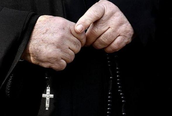 На Тернопільщині побились парафіяни УПЦ КП із представниками Московського патріархату