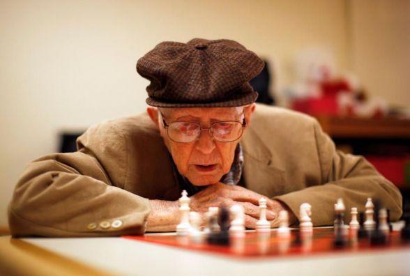 70-річний Василь Галайда переміг у літньому кубку із шахів