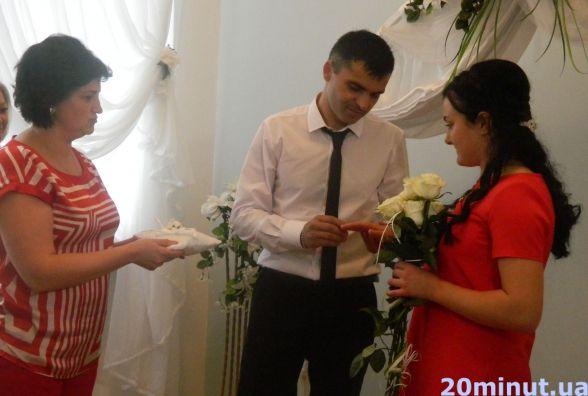 «Шлюб за добу» поєднав українку Іванну та грузина Алекса