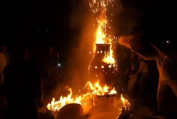 В Тернополі підпалили рекордний 200-кілограмовий глечик