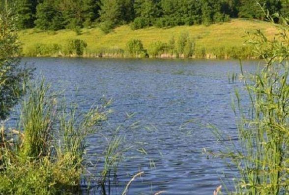 У Борщівському районі втопився 53-річний чоловік