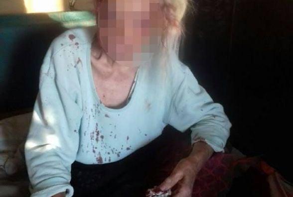 У Тернополі чоловік побив 78-річну матір